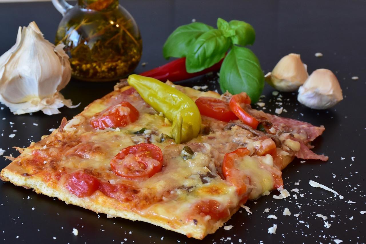 p te pizza recettes pour le cook processor de kitchenaid. Black Bedroom Furniture Sets. Home Design Ideas